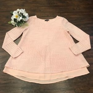 The Limited | pink textured long sleeve blouse